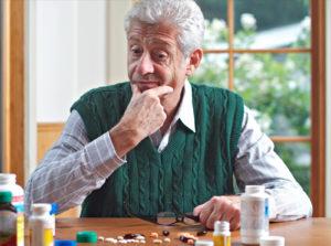 medicine anziani farmacia cannone vomero
