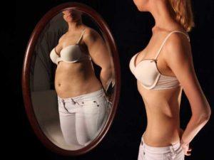 anoressia allo specchio