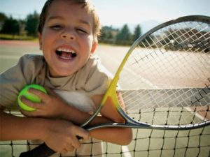 bambino-tennis