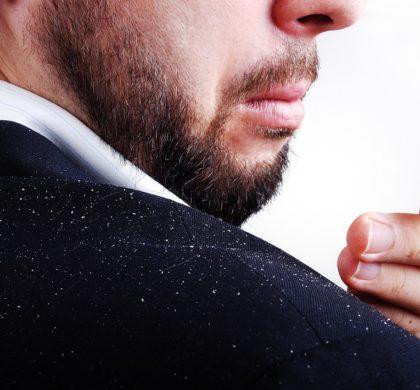 Se la forfora si ripresenta, forse è arrivato il momento di ricorrere agli shampoo medicati